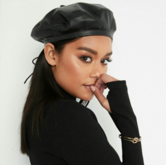 366f0196fc806 Forever 21 Accessories - Forever 21 Faux Leather Beret
